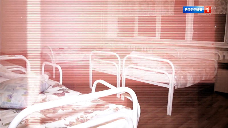 Прямой эфир 29.10.2020 – Интернаты строгого режима для стариков: бьют, морят голодом, привязывают
